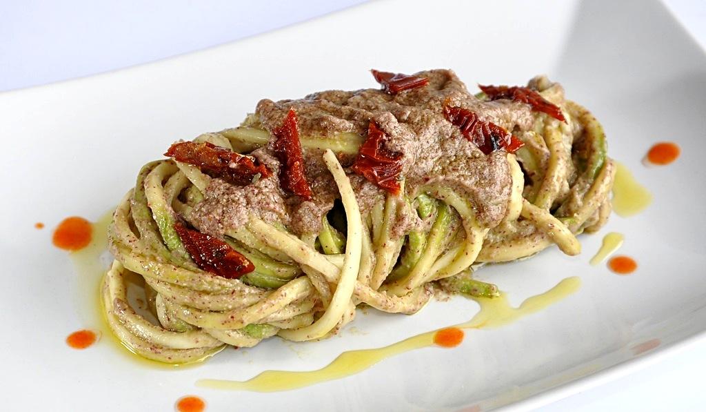 foto by Paolo Cavacece - Spaghetti di Zucchine con Pesto di Avocado