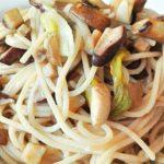 Spaghetti di Riso Integrale con Funghi Porcini